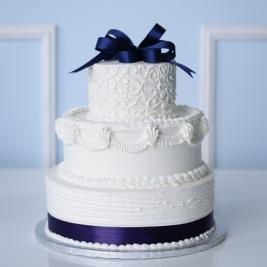 1475633292-WeddingCake-4(0).jpg